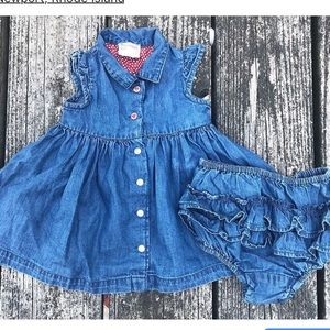 Prénatal🇮🇹 EUC 3-6m denim jumper